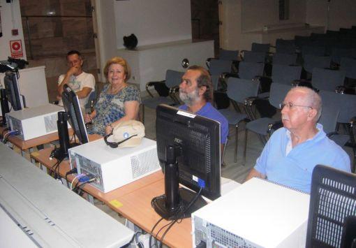 Imagen do los participantes en el curso sobre wordpress