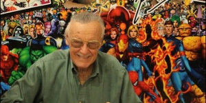 DCC-Stan-Lee-signing-WIDE